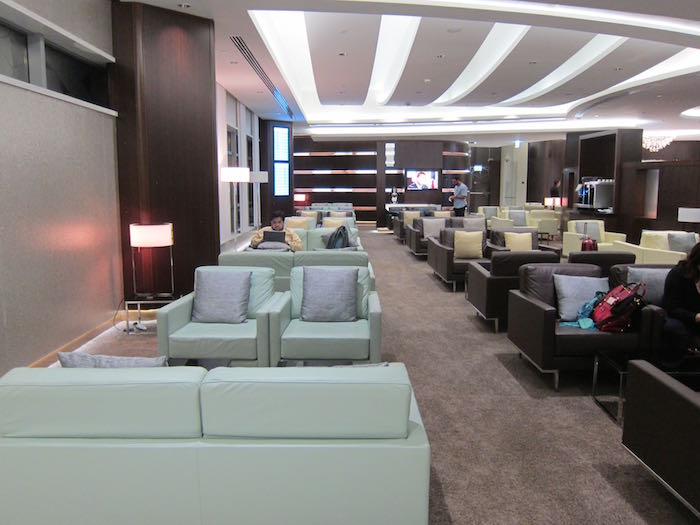 Etihad-Lounge-Abu-Dhabi-26