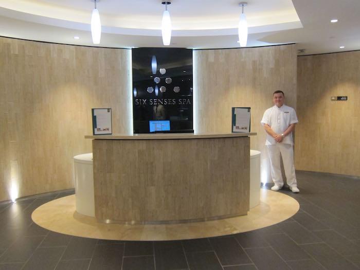Etihad-Lounge-Abu-Dhabi-53