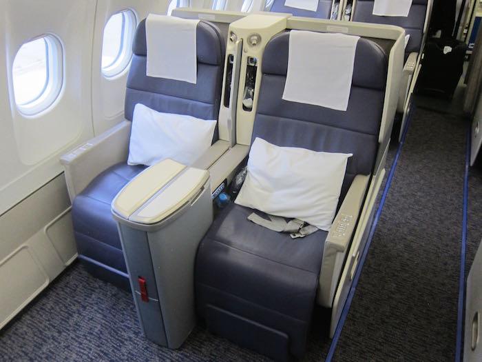 Gulf Air Business Class A330 05