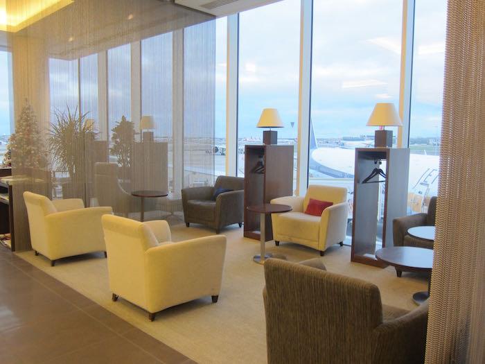 Gulf-Air-Lounge-London-Heathrow-10