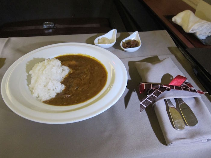 Japan-Airlines-First-Class-08