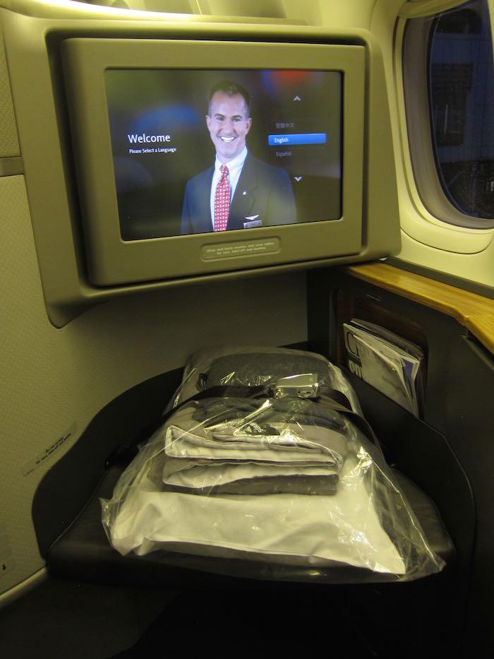 American-777-First-Class-05