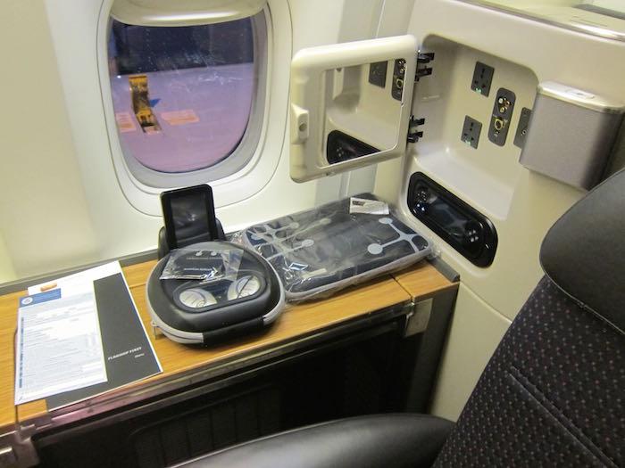 American-777-First-Class-08