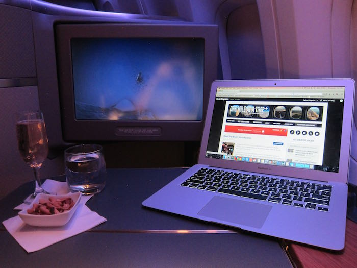 American Airlines Could Dump Gogo Inflight Wifi One Mile
