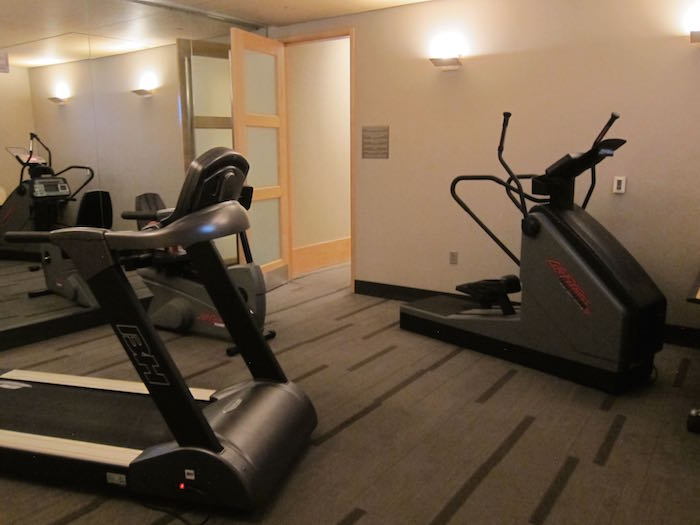 American closed their dfw admirals club gym one mile at