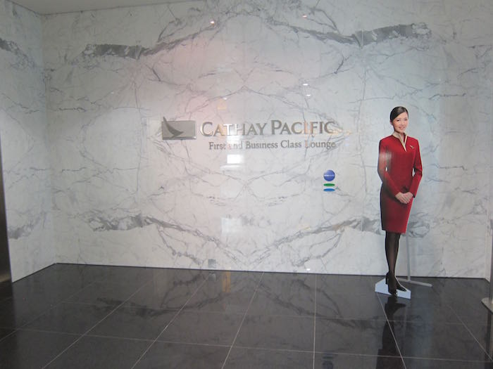 Cathay-Pacific-Lounge-London-03