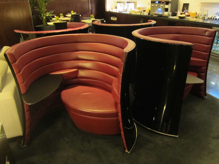 Cathay-Pacific-Lounge-London-10