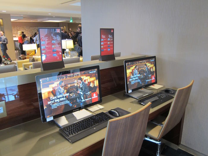 Emirates-Lounge-LAX-Airport-22