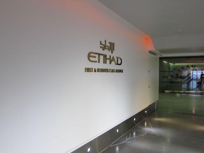 Etihad-Lounge-London-Heathrow-04