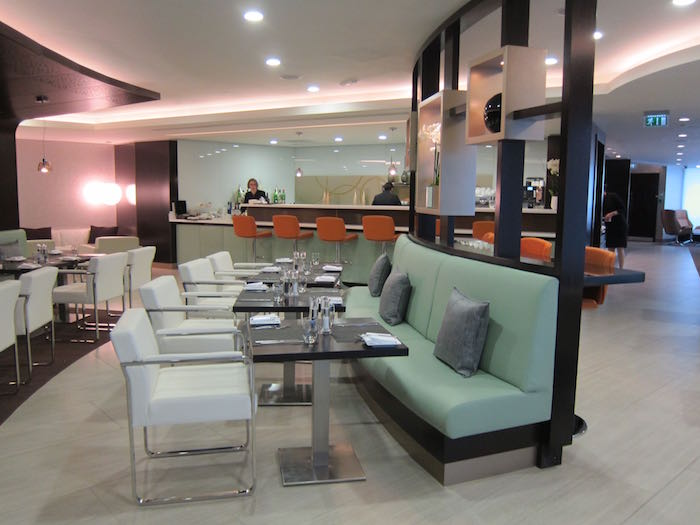 Review Etihad Airways Lounge London Heathrow Airport