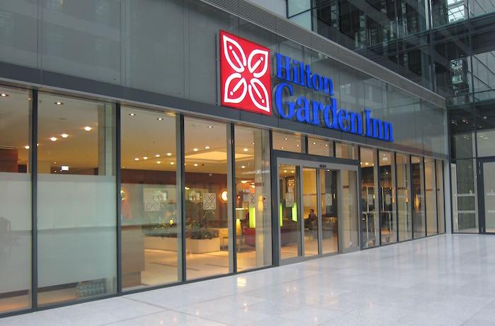 Hilton-Garden-Inn-Frankfurt-Airport-02