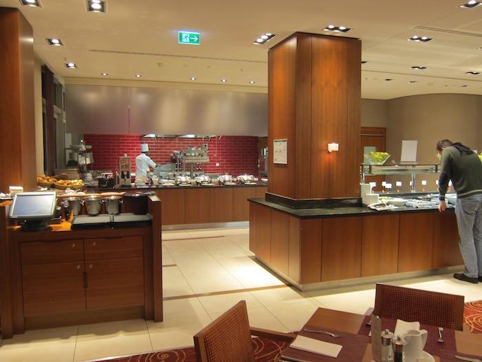 Hilton-Garden-Inn-Frankfurt-Airport-23