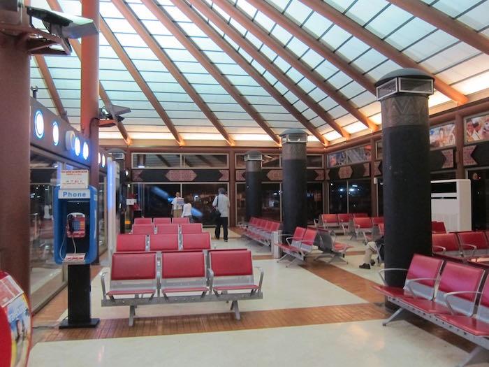 Jakarta Airport Transit 6