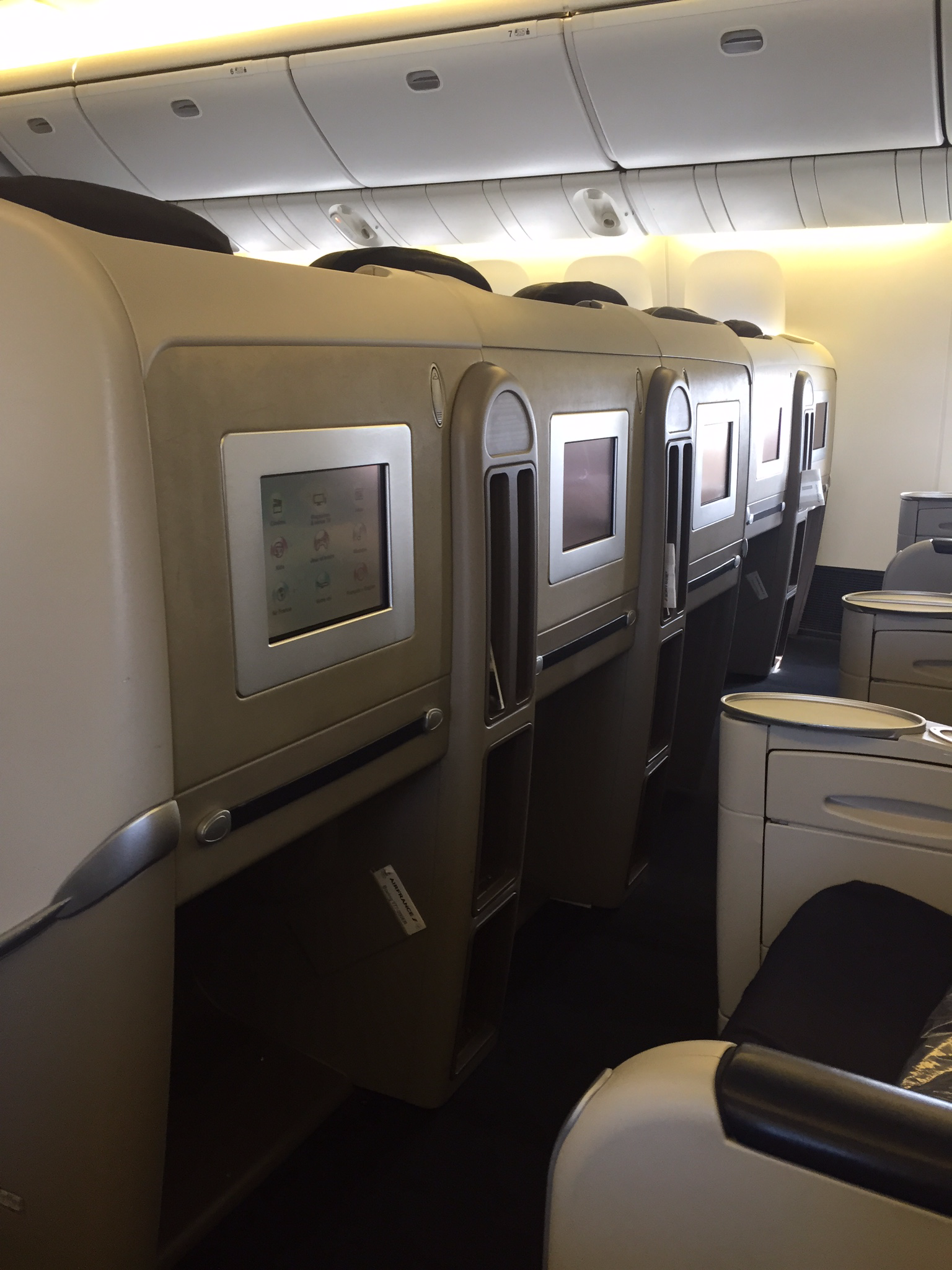 Air France old business class middle seats