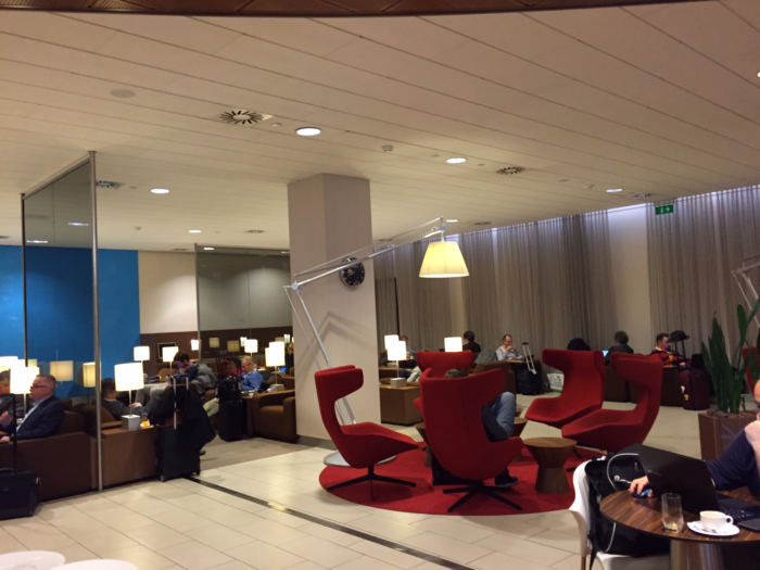 Schiphol Airport Schengen-side Crown Lounge