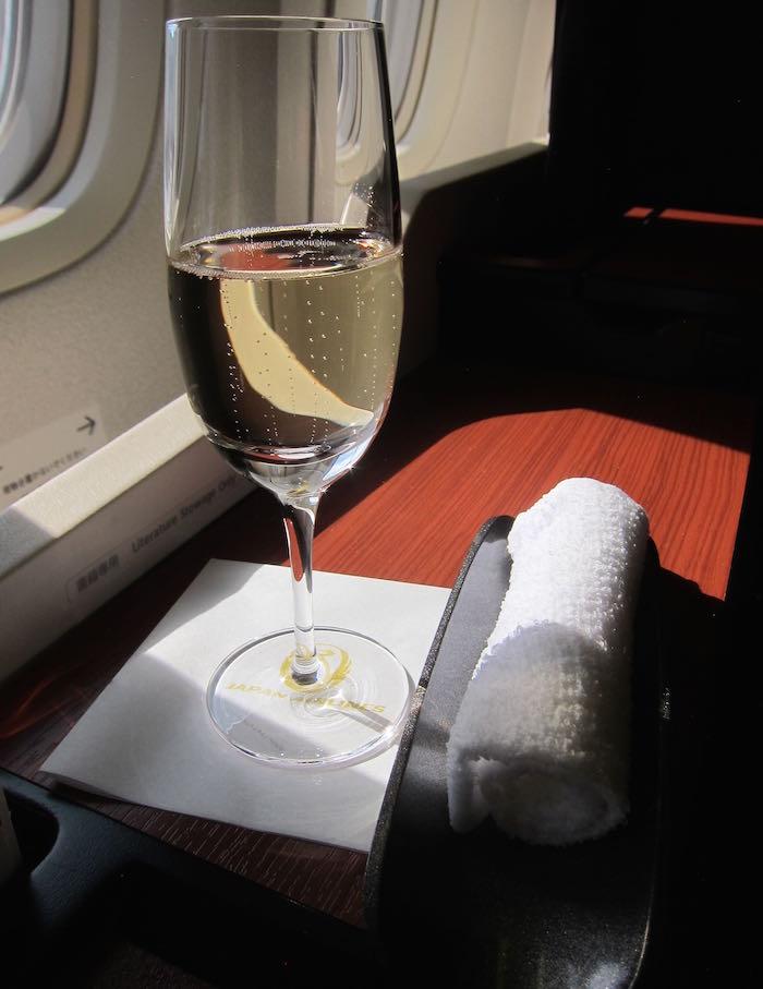 JAL-First-Class-777-03