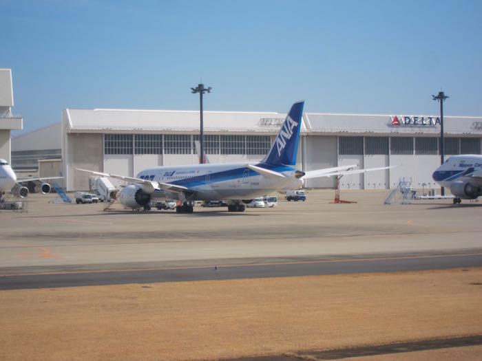 JAL-First-Class-777-09