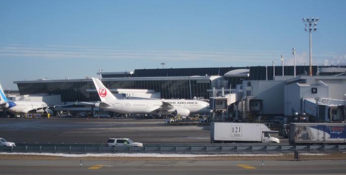 JAL-First-Class-777-47