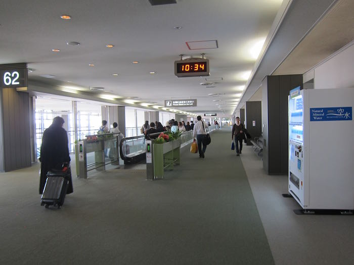 Japan-Airlines-First-Class-Lounge-Tokyo-27