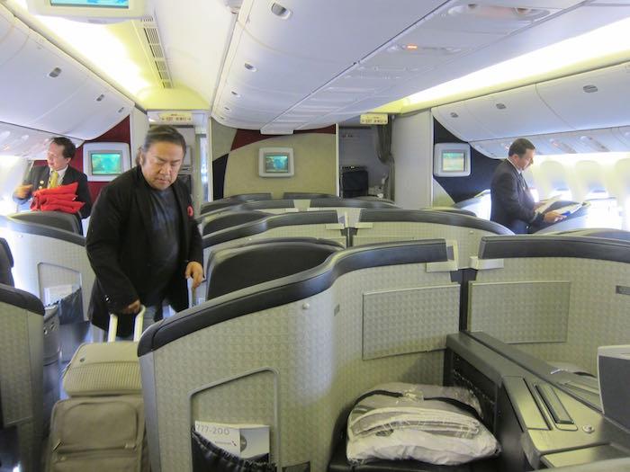 American-First-Class-777-01