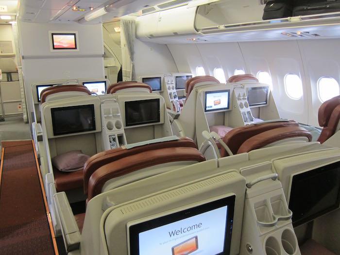 Srilankan Business Class A330 01