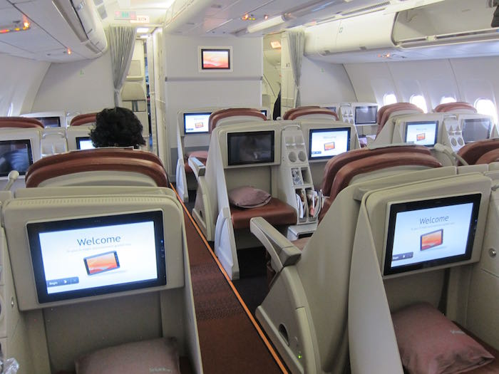 SriLankan-Business-Class-A330-08