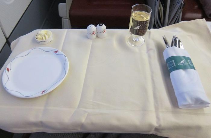 SriLankan-Business-Class-A330-38