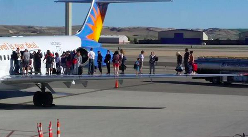 Why It's Cheaper To Buy Allegiant Tickets At The Airport