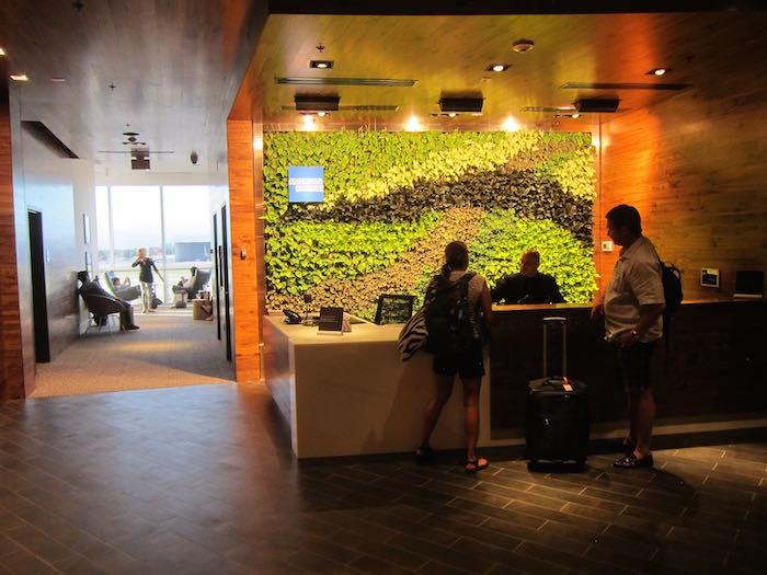 AmEx-Centurion-Lounge-Miami-Airport-08