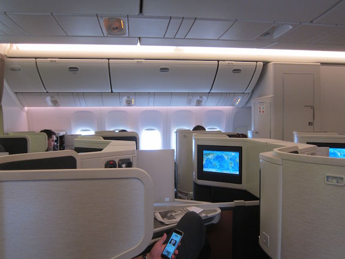 Cathay-Pacific-777-Business-Class-25