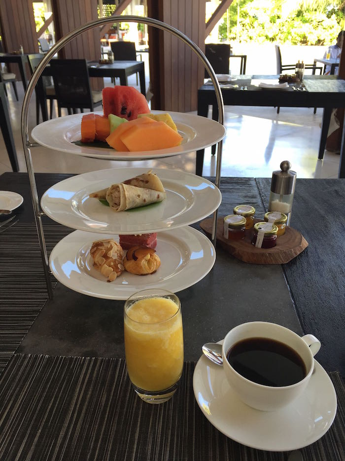 Park-Hyatt-Maldives-Breakfast-11