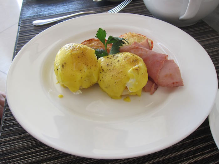 Park-Hyatt-Maldives-Breakfast-15
