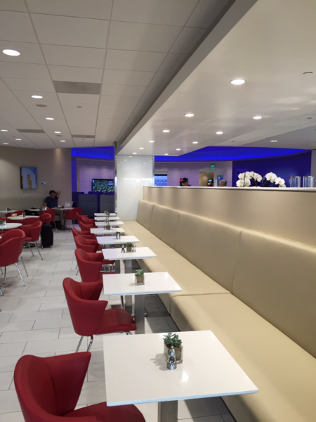 """Cafe""-style seating at Delta Sky Club LAX"
