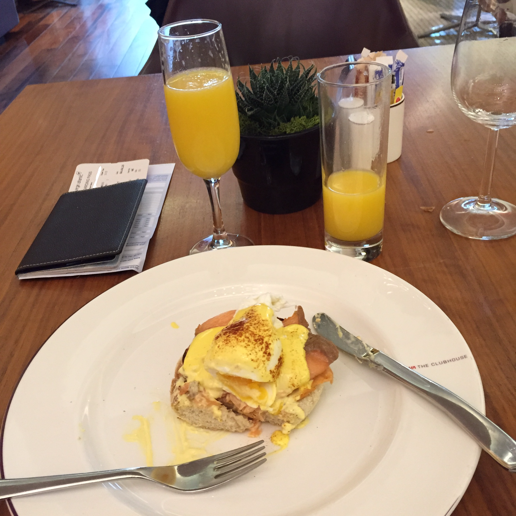 Review Virgin Atlantic Clubhouse London Heathrow One Mile At A Time