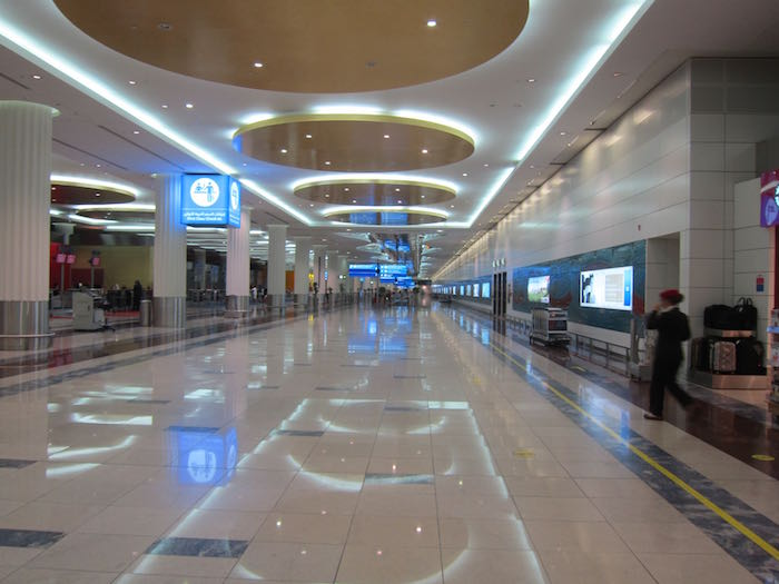Emirates-First-Lounge-Dubai-02