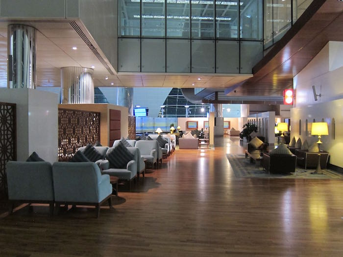 Emirates-First-Lounge-Dubai-10