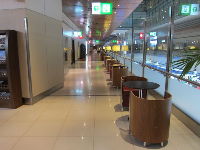 Emirates-First-Lounge-Dubai-19