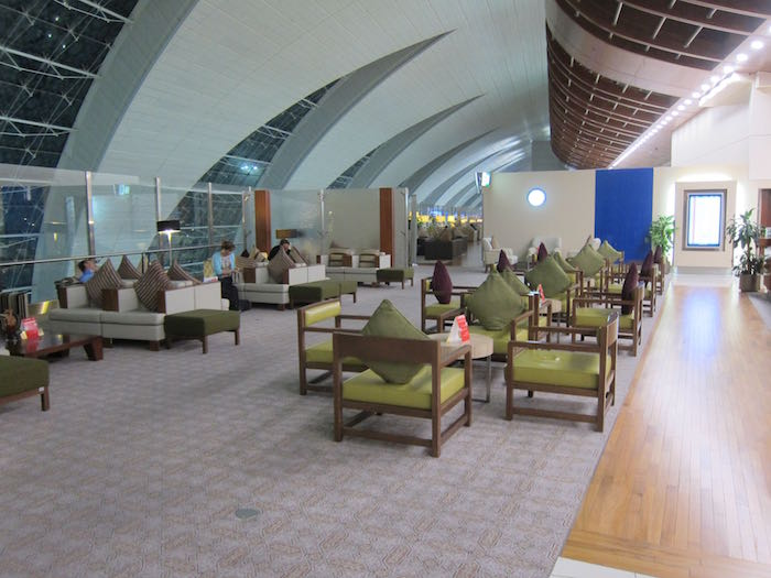 Emirates-First-Lounge-Dubai-25
