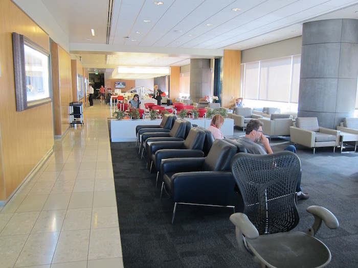 Air-Canada-Lounge-LAX - 11