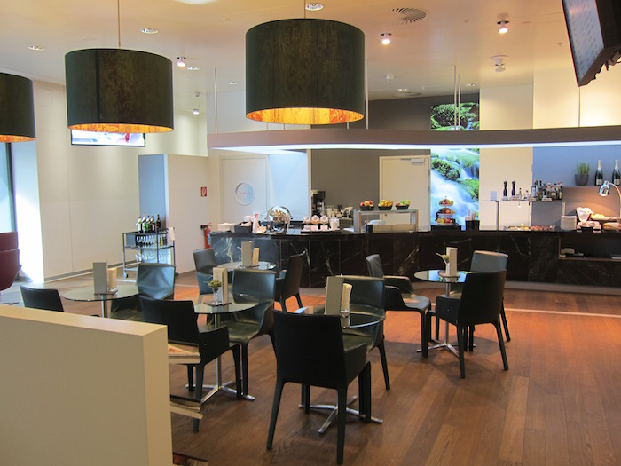 review austrian hon circle first class lounge vienna airport