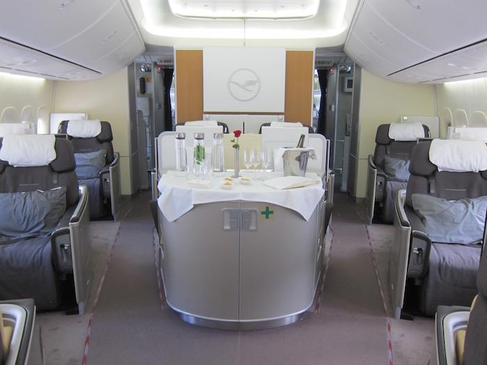 Lufthansa First Class 747 – 1