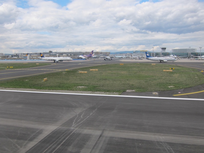 Lufthansa-First-Class-747 - 29