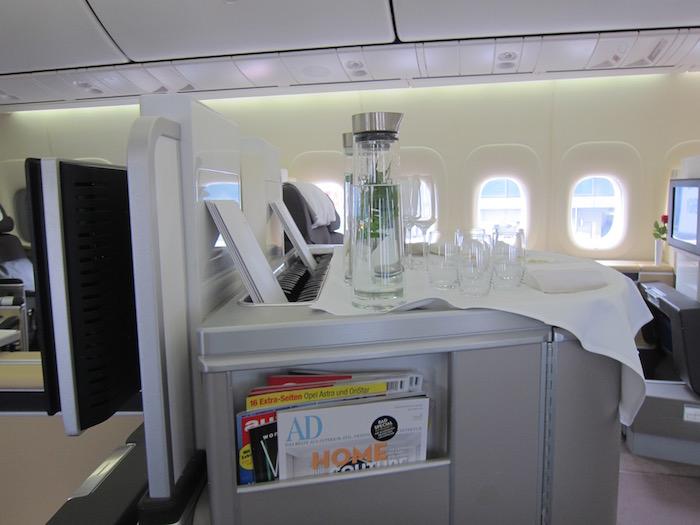 Lufthansa-First-Class-747 - 6