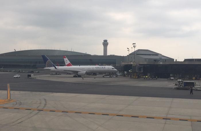 Lufthansa-First-Class-747 - 80