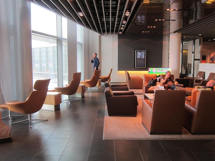 Lufthansa-First-Class-Lounge-Frankfurt - 13