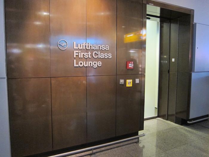 Lufthansa-First-Class-Lounge-Frankfurt - 5
