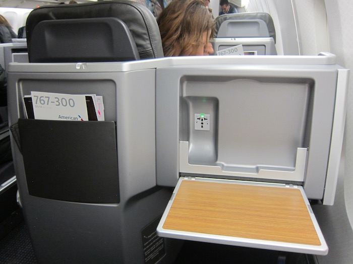 American-767-Business-Class - 11