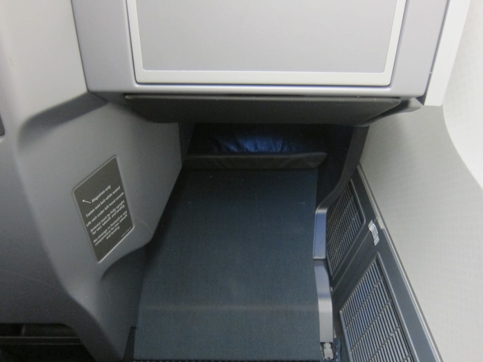 American-767-Business-Class - 13