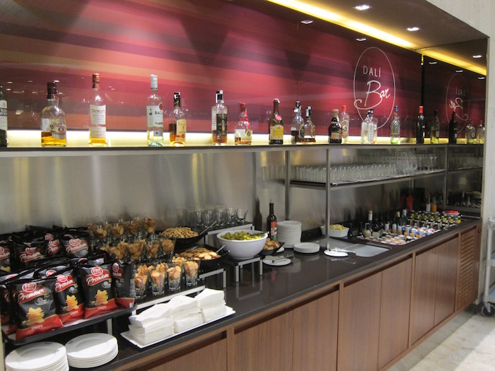 Iberia-Business-Lounge-Madrid - 21