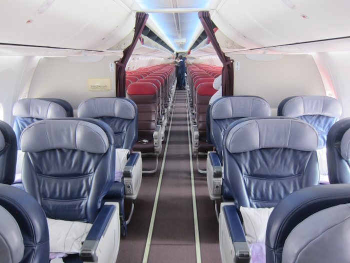 Malaysia Airlines 737 Business Class 1